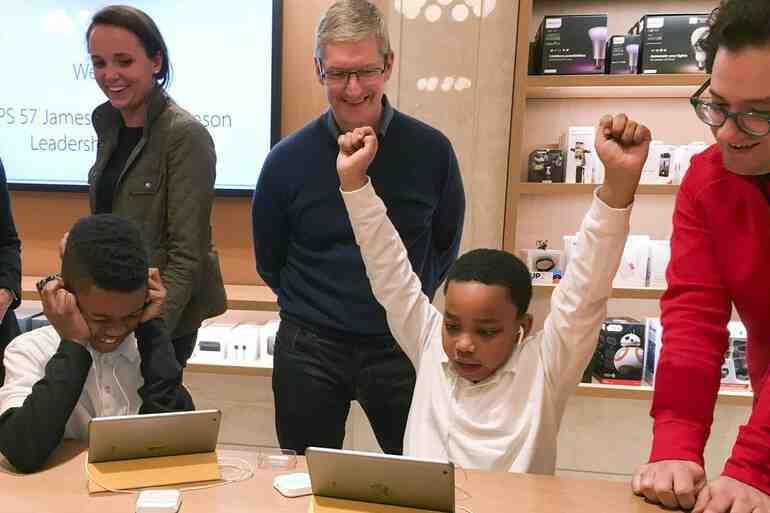 Apple mağazalarında kodlama dönemi başlıyor